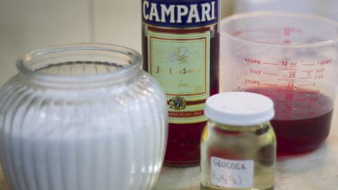 Jugando con azúcar: receta para caramelos de Campari